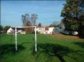 Hřiště u školy