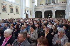 naplněný kostel
