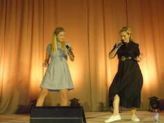 Monika a Adriana