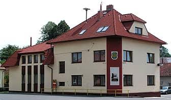 Budova Obecního úřadu Pustějov